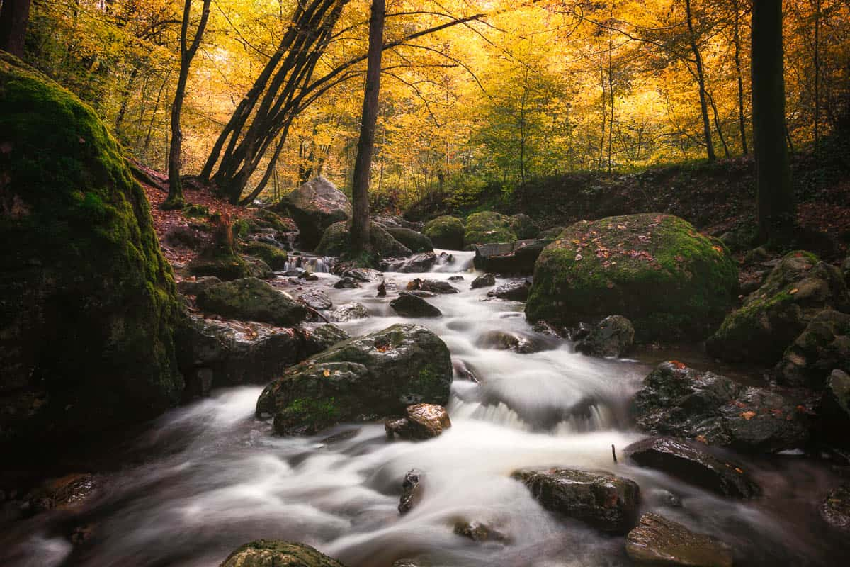 waterfall_aywaille_rocks