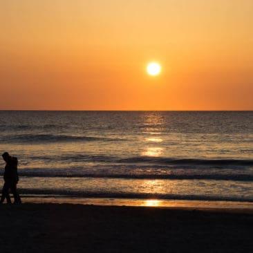 sunset texel people walking
